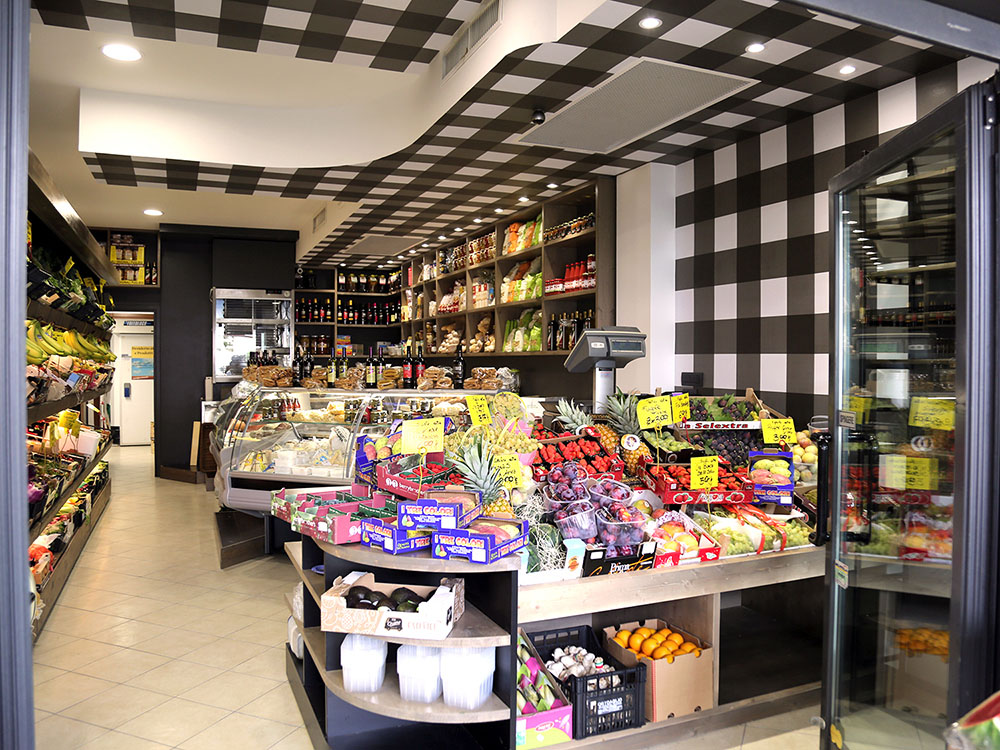 Progettazione e realizzazione negozio Desiderio di Frutta